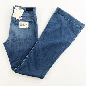 NWT AG Adriano Goldschmied Flare Leg Jeans